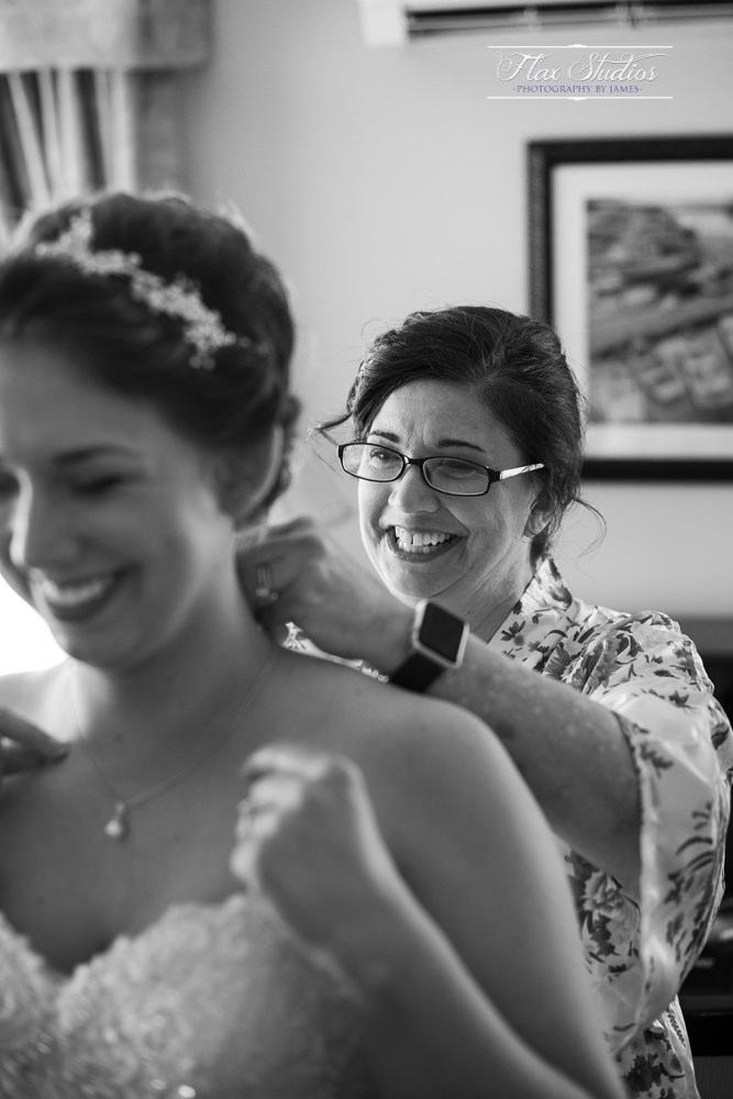 Bar Harbor Inn Wedding Photographers-22.jpg