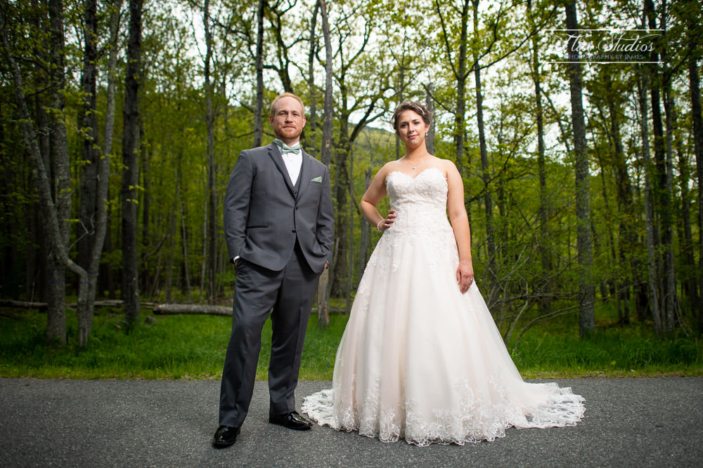 Creative Off Camera Flash Wedding Photos