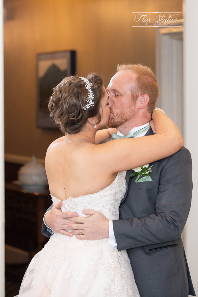 Bar Harbor Inn Wedding Photographers-96.jpg