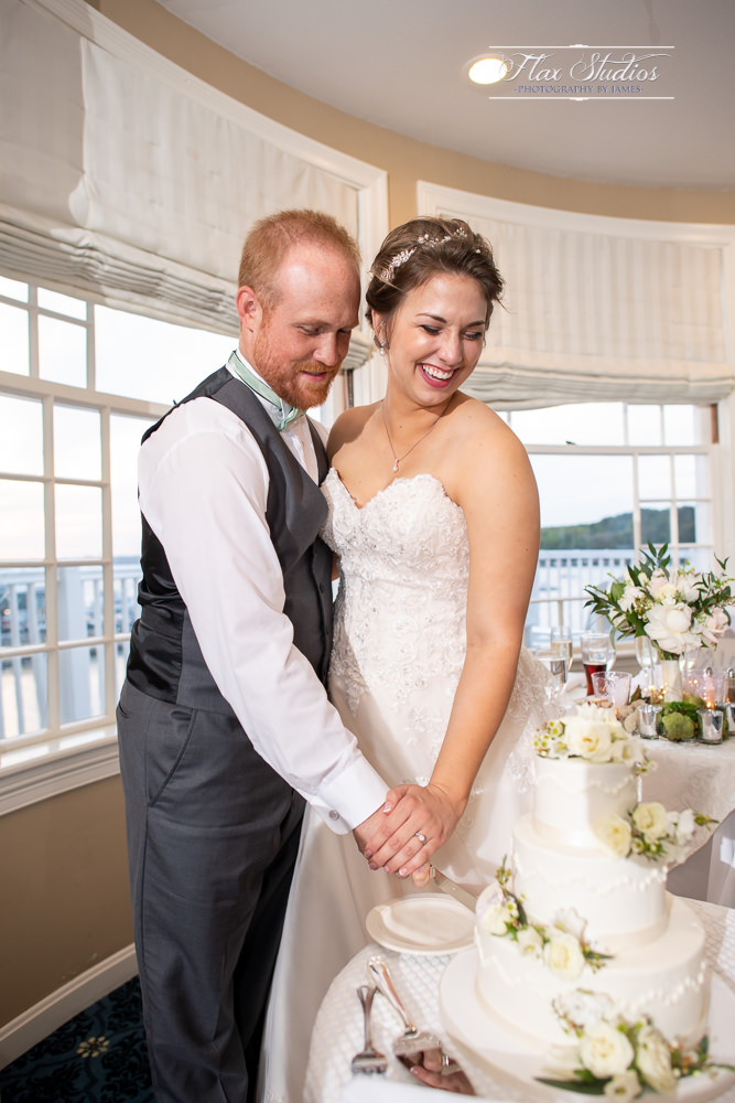 Bar Harbor Inn Wedding Photographers-126.jpg