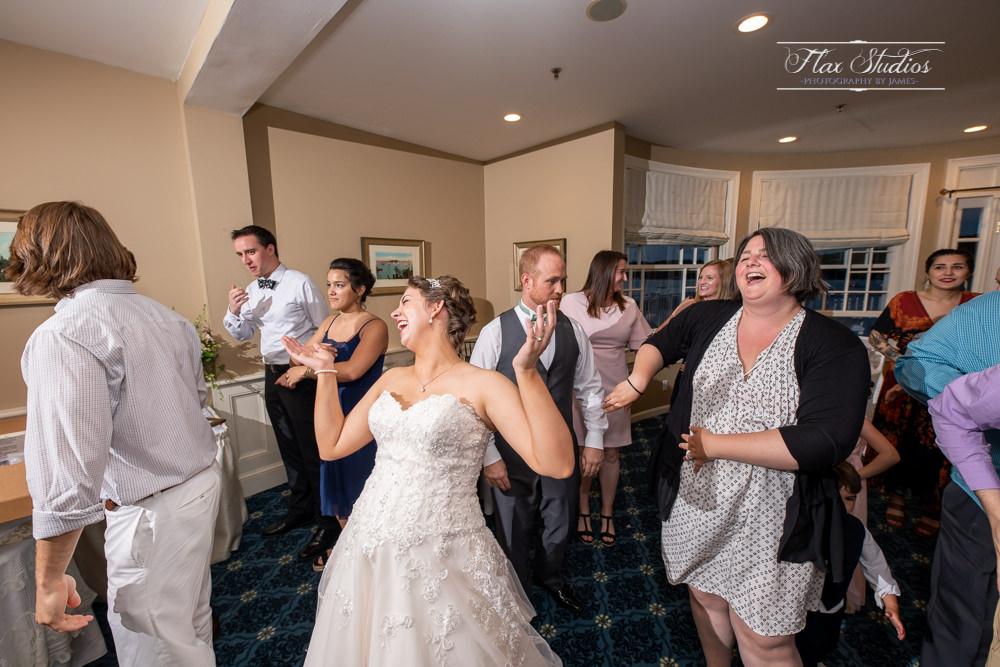 Bar Harbor Inn Wedding Photographers-146.jpg