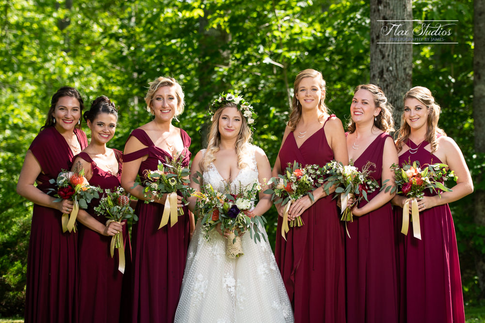 bride and bridesmaids portraits