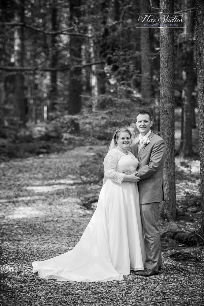 Spruce Point Inn Wedding Black and White portraits