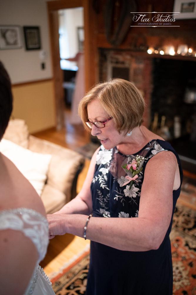 Caswell Farm Maine Barn Wedding-22.jpg