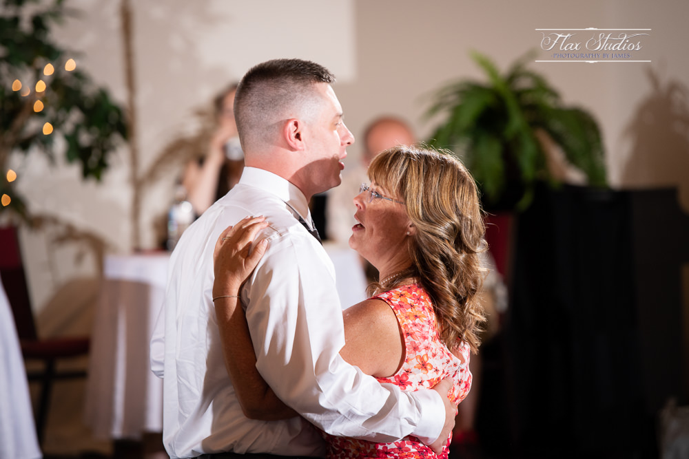 Ellsworth Maine Wedding Photographers-81.jpg