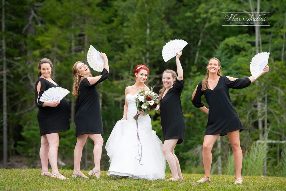 fun bridesmaids photos