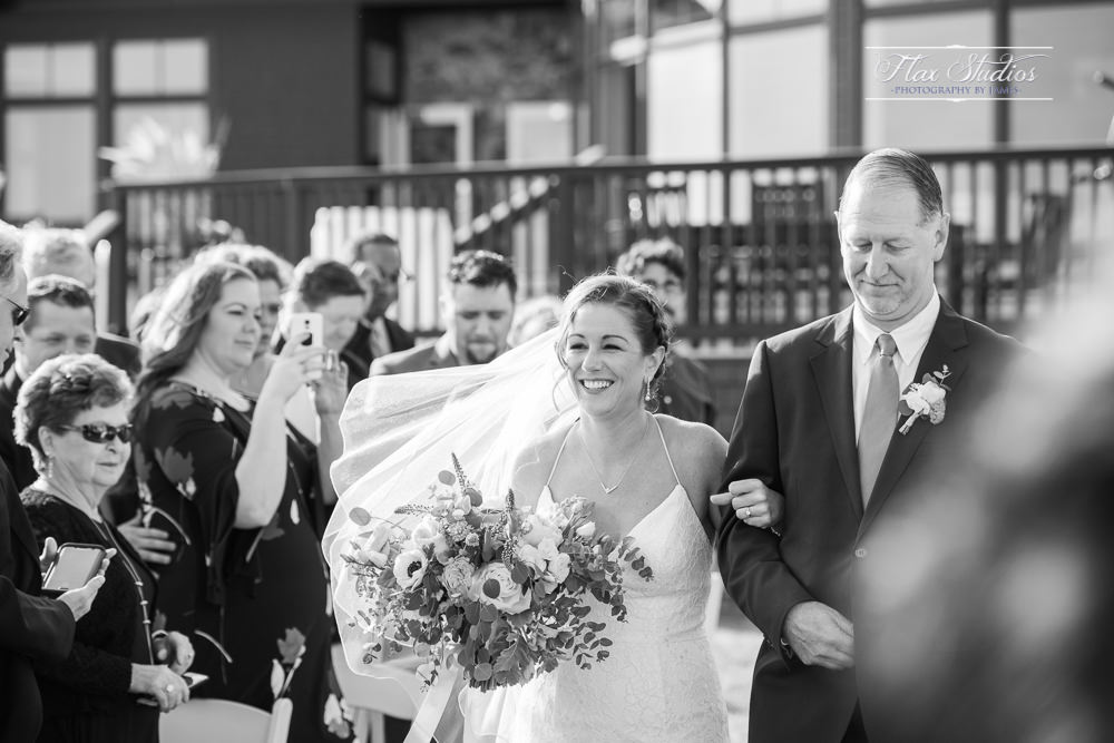 black and white ceremony pictures
