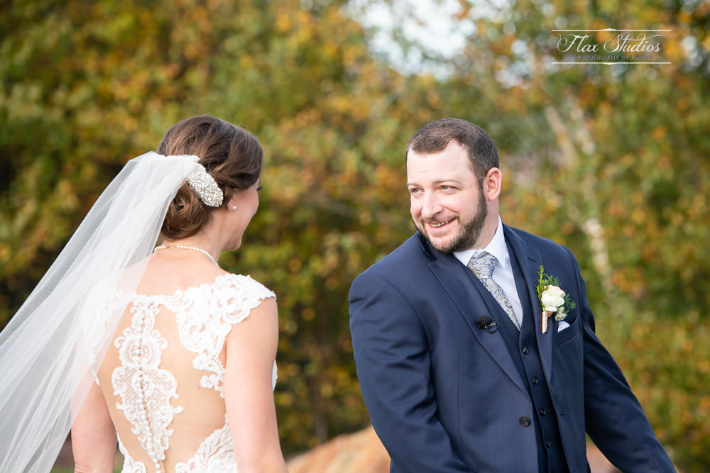 Grooms reaction at the first look