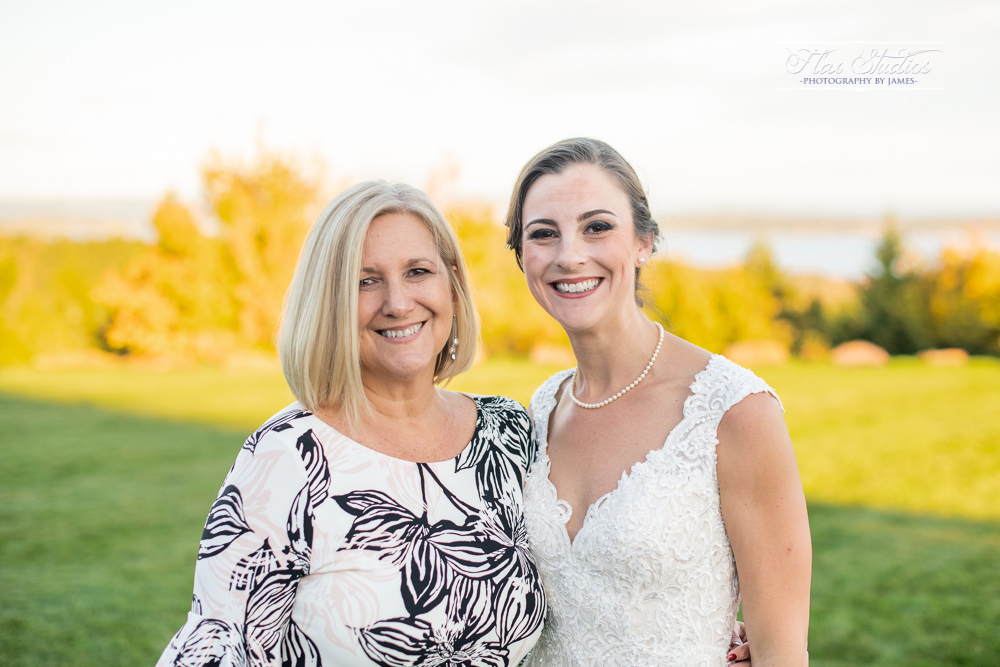 Point Lookout Northport Maine Wedding-83.jpg
