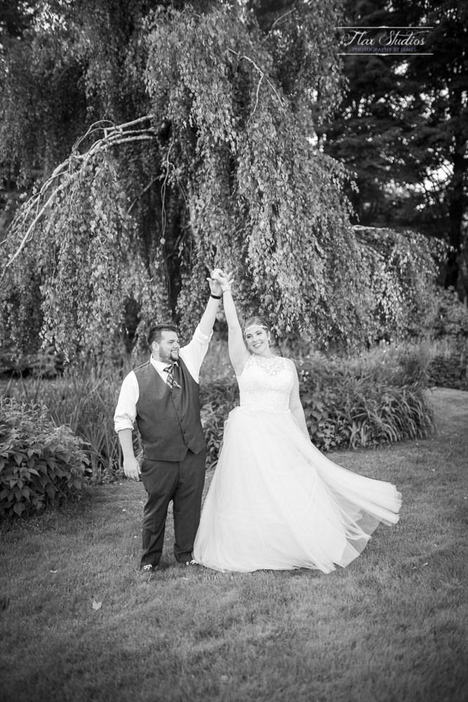 romantic black and white wedding photographers in maine