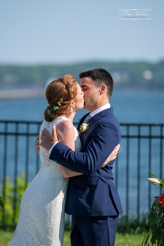 First kiss at he end of the ceremony