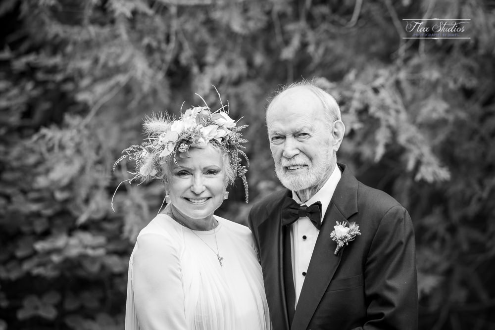 black and white classic wedding portrait