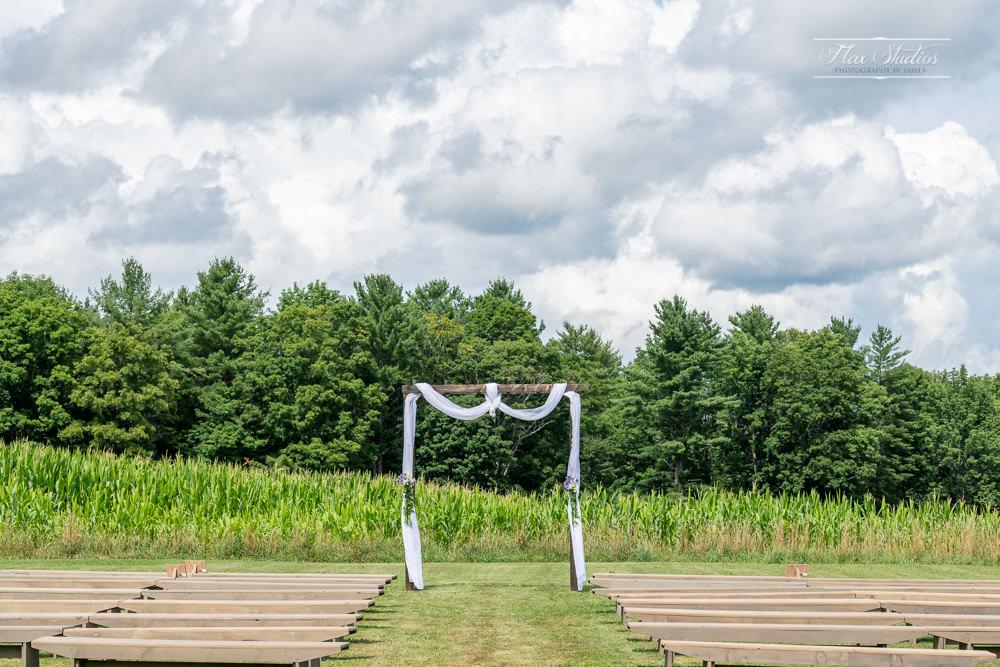 The Timber Hitch Farmhouse Wedding Photographer-28.jpg