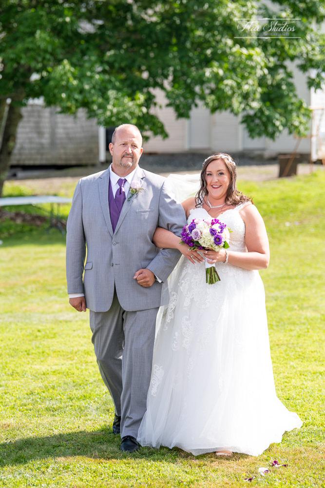 The Timber Hitch Farmhouse Wedding Photographer-52.jpg