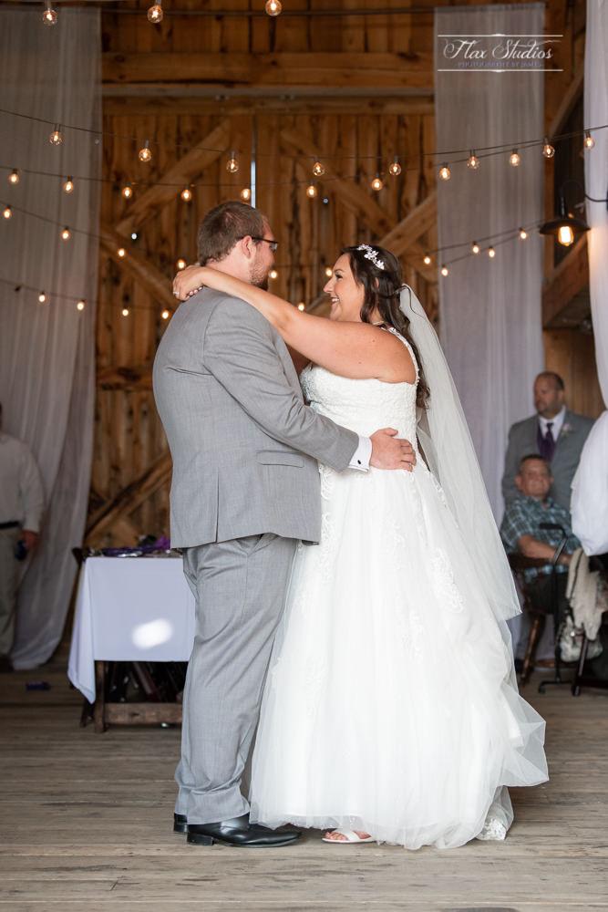 The Timber Hitch Farmhouse Wedding Photographer-71.jpg
