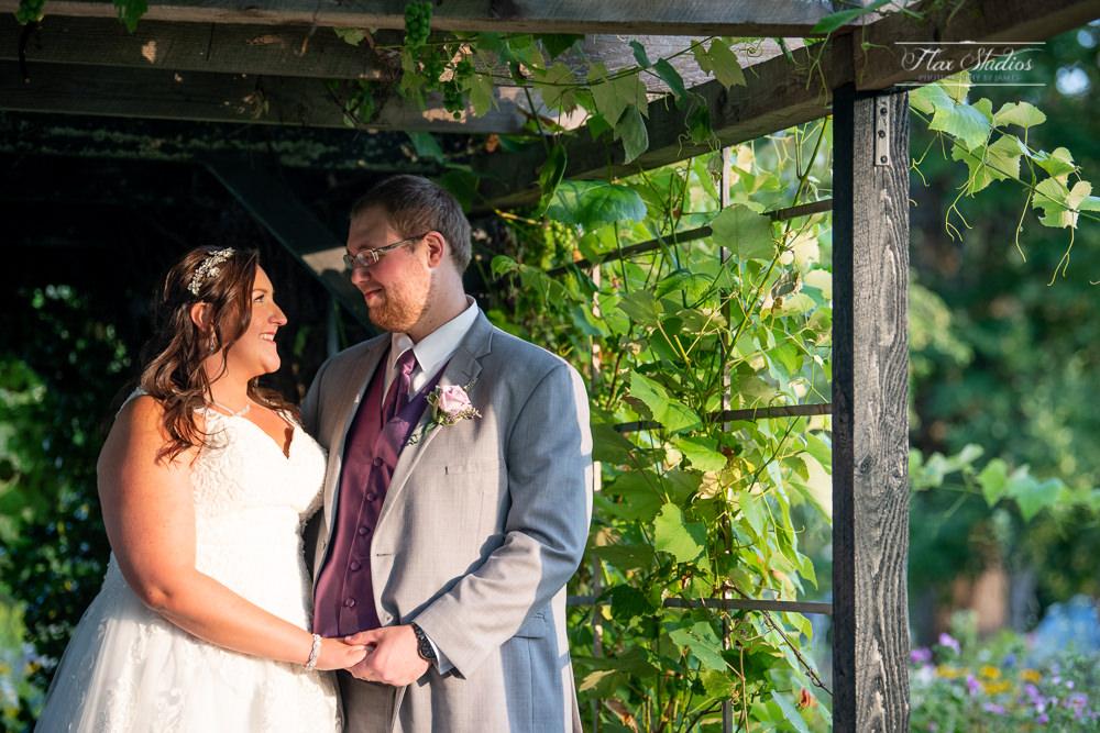 The Timber Hitch Farmhouse Wedding Photographer-114.jpg