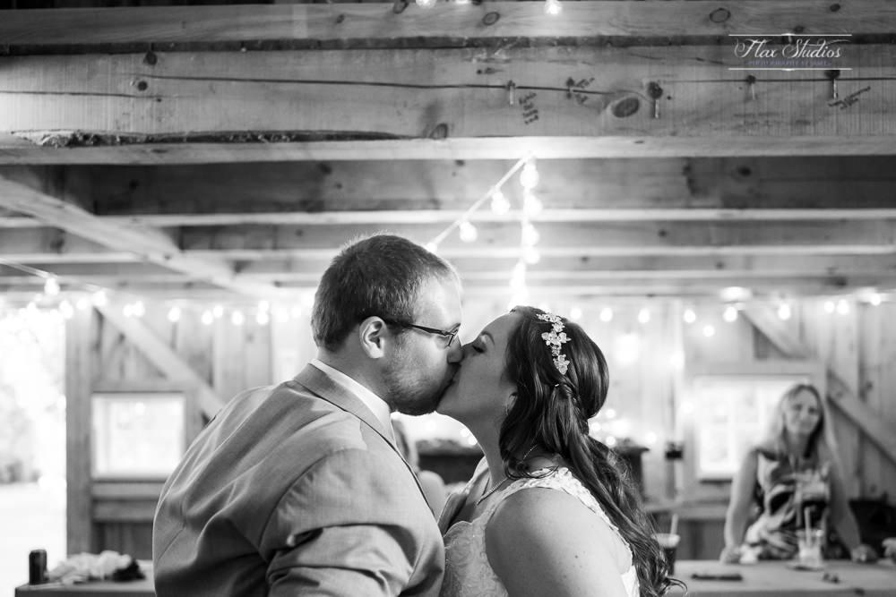 The Timber Hitch Farmhouse Wedding Photographer-119.jpg