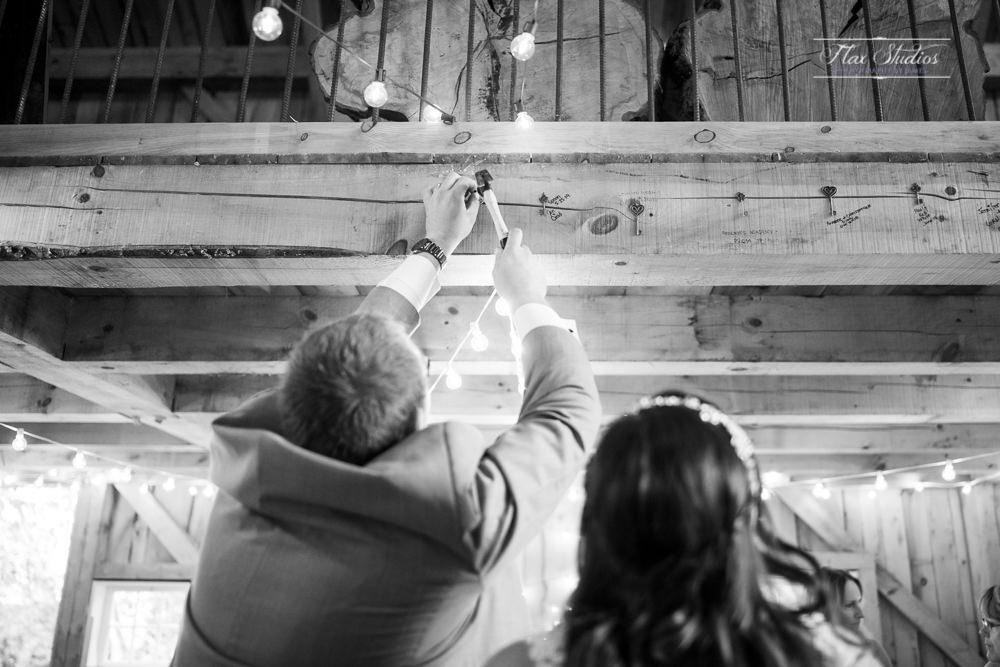 The Timber Hitch Farmhouse Wedding Photographer-118.jpg