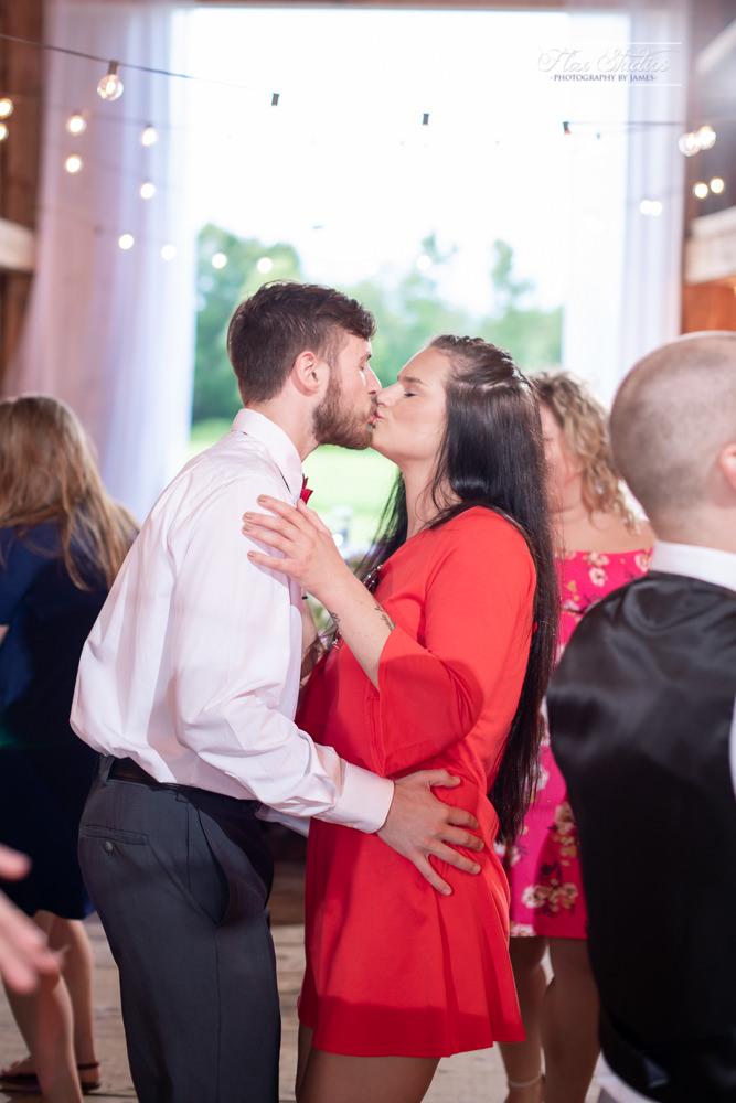 The Timber Hitch Farmhouse Wedding Photographer-132.jpg