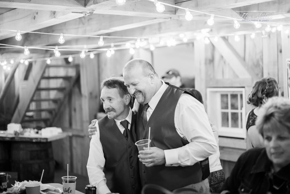The Timber Hitch Farmhouse Wedding Photographer-139.jpg