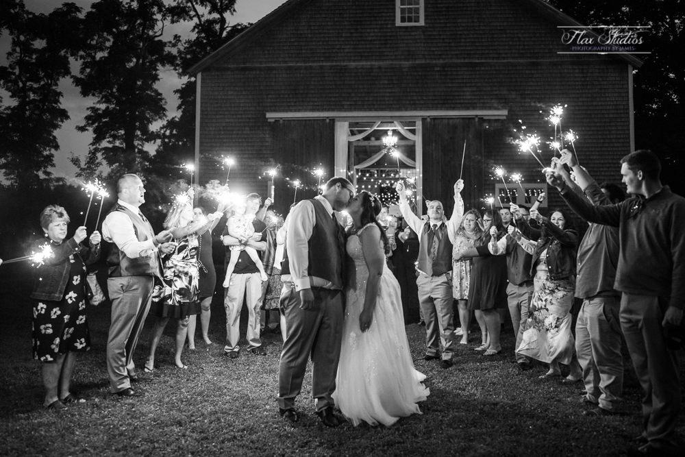The Timber Hitch Farmhouse Wedding Photographer-143.jpg