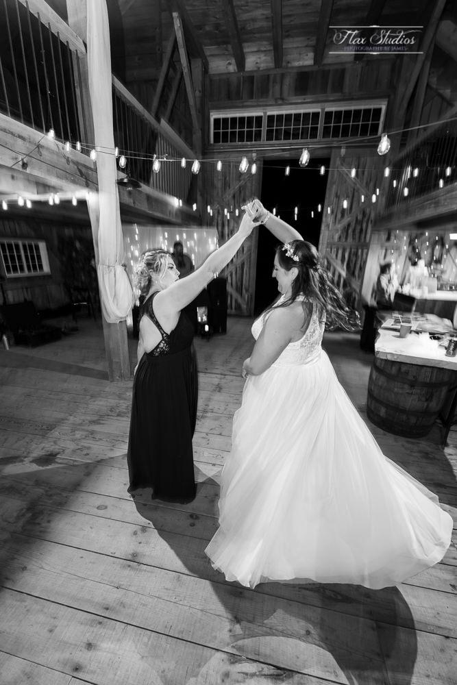 The Timber Hitch Farmhouse Wedding Photographer-157.jpg