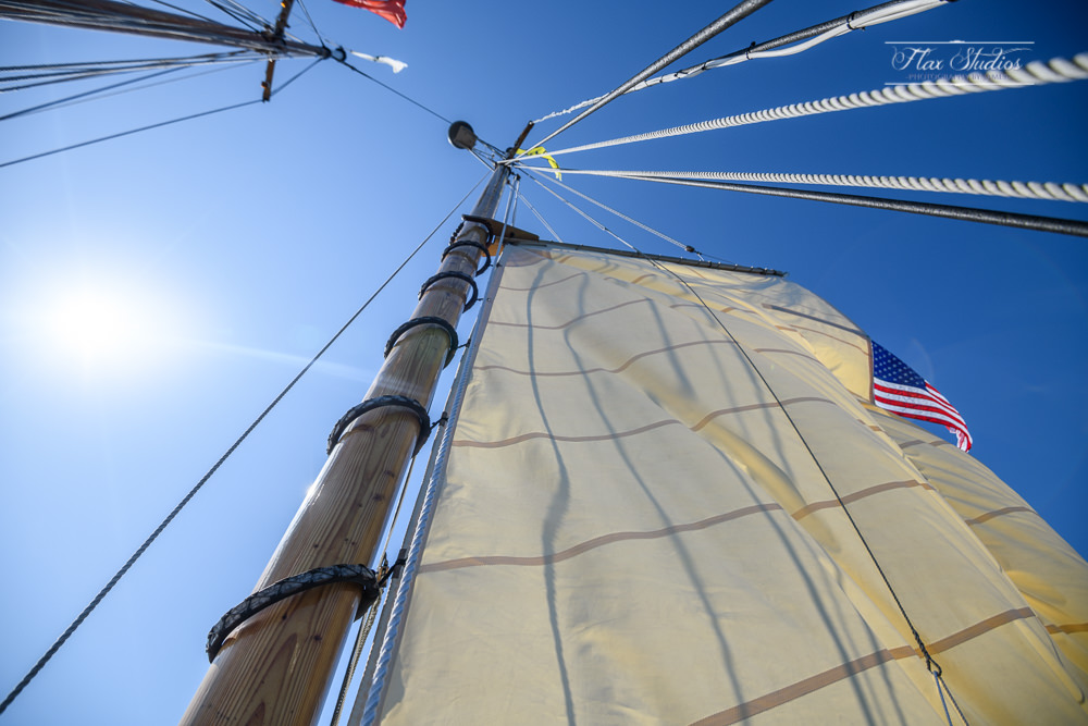 how to raise the sails on a schooner