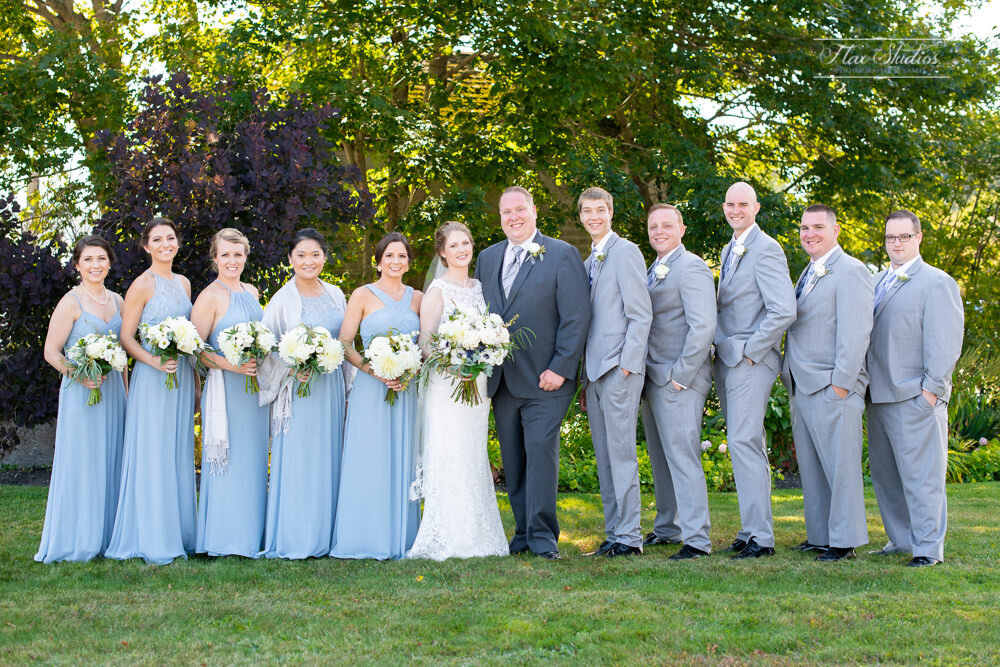 wedding party photos at the east wind inn
