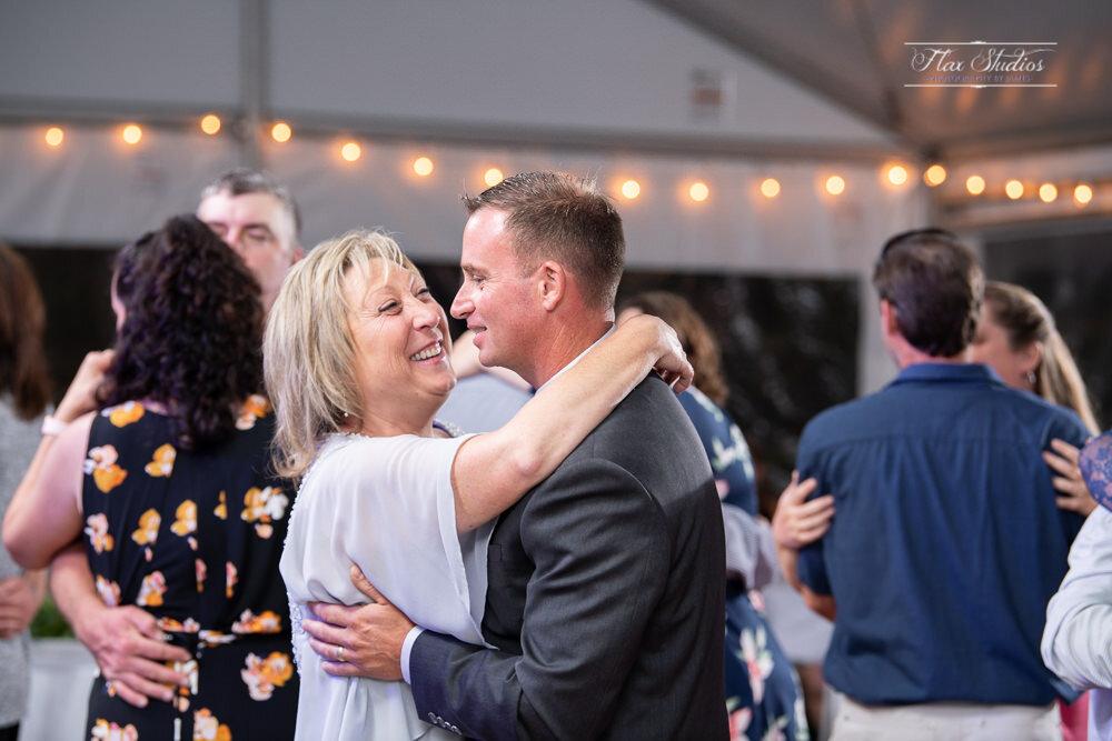 The East Wind Inn Wedding Photography Tenants Harbor-130.jpg