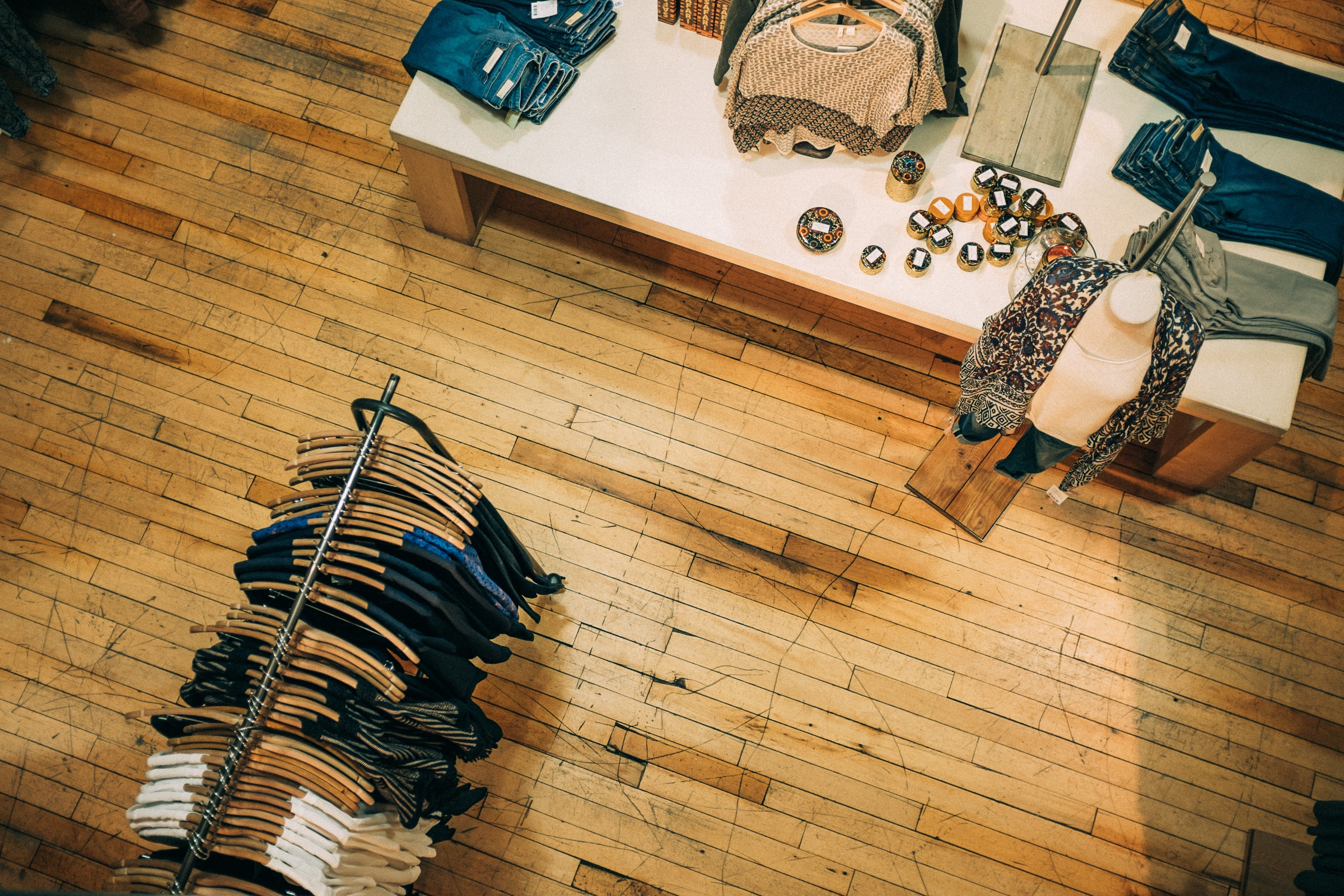Intentional Business online shop brick and mortar