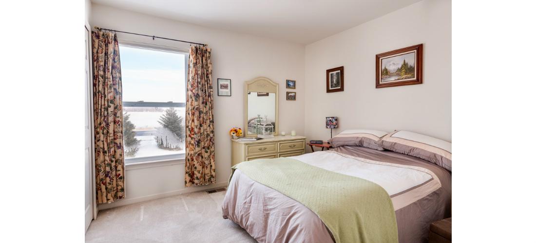 real-estate-residential-ypsilanti-bedroom-cjsouth-09.jpg