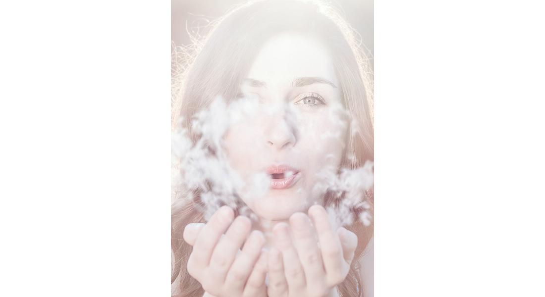 senior-portrait-ann-arbor-model-girl-blowing-dandelion-seeds-cjsouth-2015-011.jpg