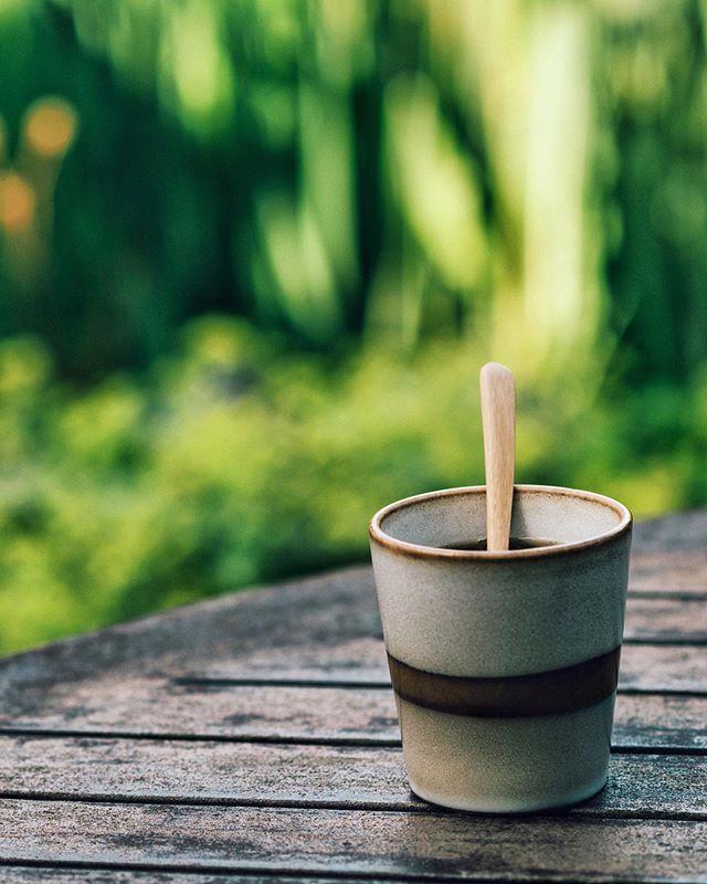 Zo'n dag dat alles goed is maar je toch wat met je ziel onder de arm loopt, ken je dat? #coffeemood ⠀⠀ . . . . . . . . #koffiepauze #coffeeathome #coffeeonthetable #coffeetized #koffeecollective #coffeemoments #spcafephoto #koffiebonen #koffietijd #igerscoffee #coffeexample #makingcoffee #coffeephotography #coffeeeee #koffiedrinken #coffeecups #coffeeandcookies #todaymycoffee #coffeislove #coffees #blessmycoffee #dailycoffee #coffeee #coffeeig #instacoffe #coffee_time #thingsaboutcoffee #caffinefix #getcoffeebehappy via @preview.app