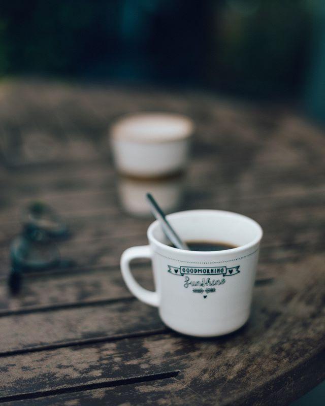 Goede morgen ! Drukke dagen: werk, familie over uit Amerika, oppassen, broer komt met familie uit Vietnam, voorbereiden week Vierdaagse Nijmegen (man loopt, ikke niet 😅) Zijn er meer Vierdaagse gangers alhier? #4daagse #coffeeonthetable⠀⠀⠀⠀⠀⠀⠀⠀⠀ ————————————————————————⠀⠀⠀⠀⠀⠀⠀⠀ .⠀⠀⠀⠀⠀⠀⠀⠀⠀ .⠀⠀⠀⠀⠀⠀⠀⠀⠀ .⠀⠀⠀⠀⠀⠀⠀⠀⠀ .⠀⠀⠀⠀⠀⠀⠀⠀⠀ .⠀⠀⠀⠀⠀⠀⠀⠀⠀ . ⠀⠀⠀⠀⠀⠀⠀⠀⠀ .⠀⠀⠀⠀⠀⠀⠀⠀⠀ .⠀⠀⠀⠀⠀⠀⠀⠀⠀ .⠀⠀⠀⠀⠀⠀⠀⠀⠀ #spcafephoto #coffegram #koffiebonen #koffietijd #koffiepauze #coffeeathome #coffeetized #koffeecollective #coffeemoments #igerscoffee #coffeexample #coffeephotography #coffeeeee #koffiedrinken #coffeecups #todaymycoffee #coffeislove #coffees #dailycoffee #coffeee #coffeeig #instacoffe #coffee_time #thingsaboutcoffee #caffinefix #getcoffeebehappy #morningcoffeetime #coffeephotos