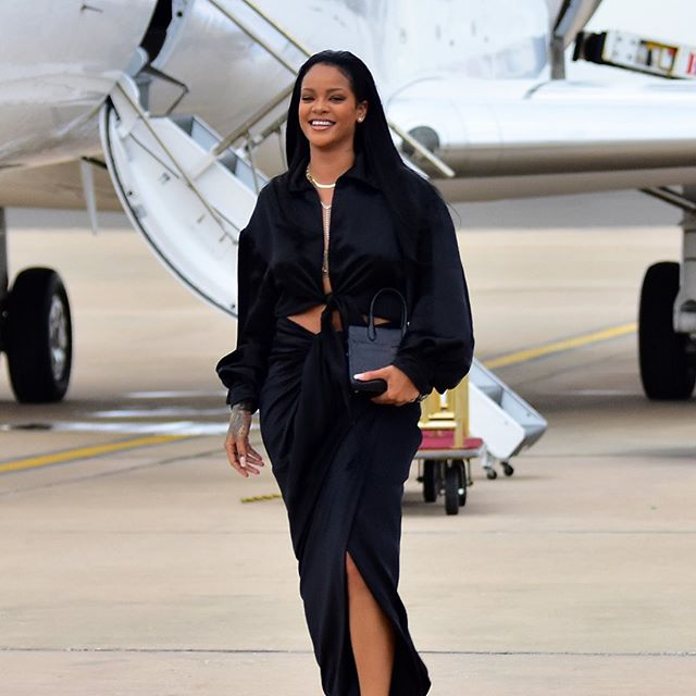 That time @badgalriri wore our Osho top off a plane. Available now online and @thelncc