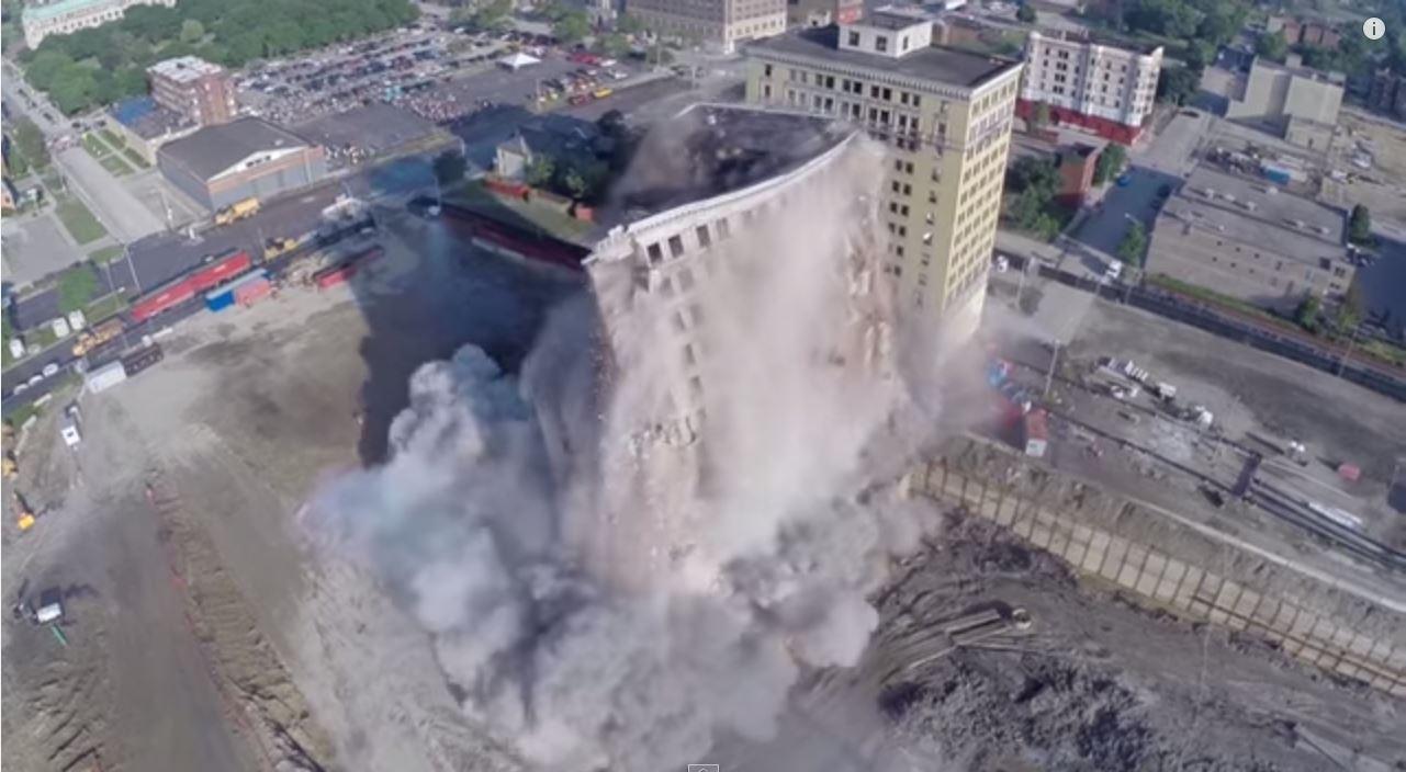 park avenue hotel demolition