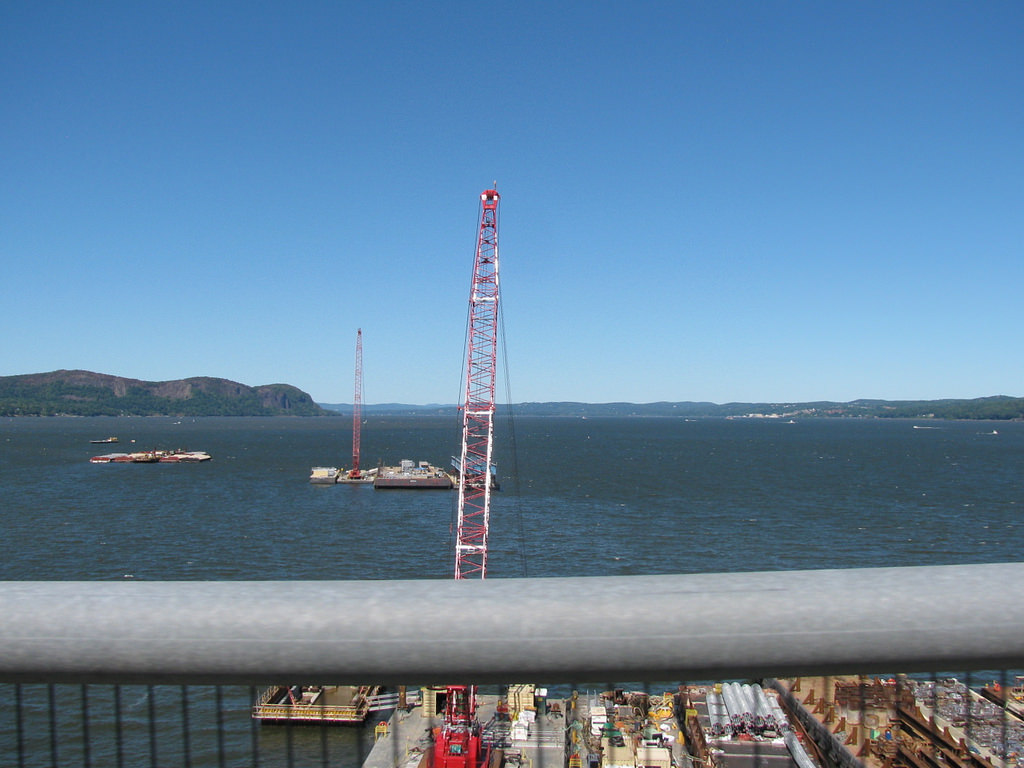Photo from Tappan Zee Bridge in New York by  Raellyn & Melissa ,  CC BY-ND 2.0