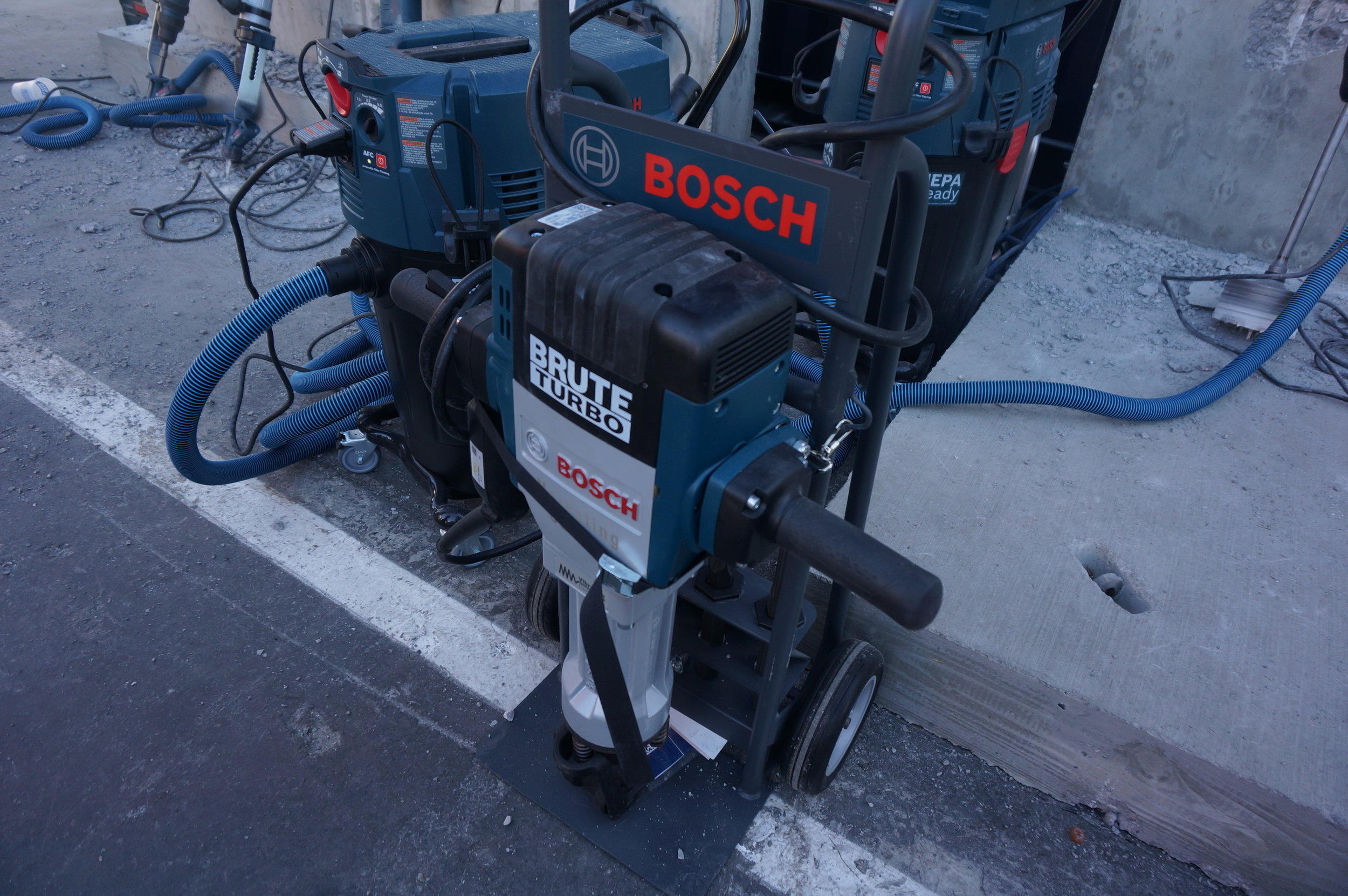 Bosch GSH27-26 Brute Turbo Breaker Hammer with embedded GPS at the World of Concrete 2018