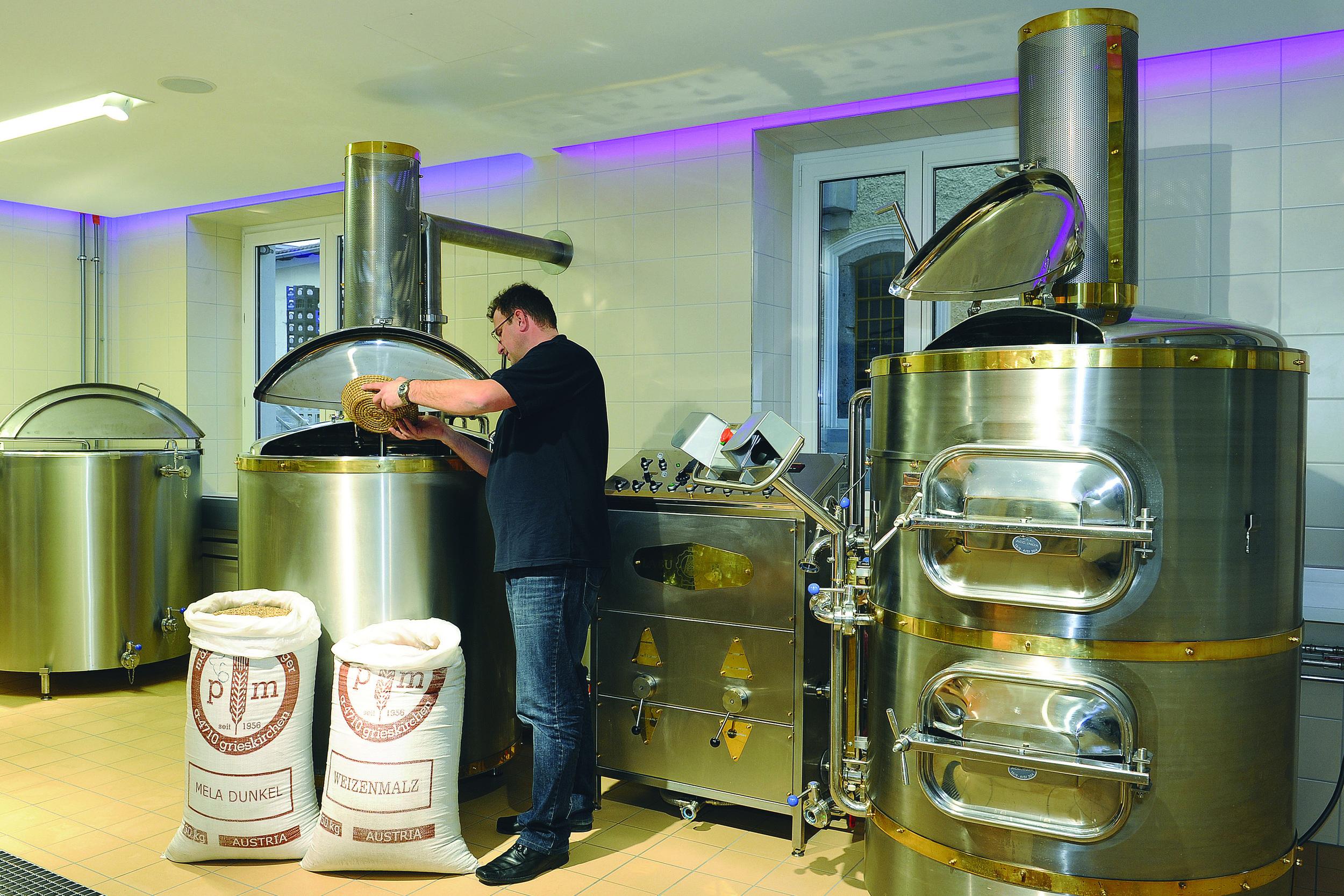 Brewing Beer in Ried im Innkreis © Brauerei Ried