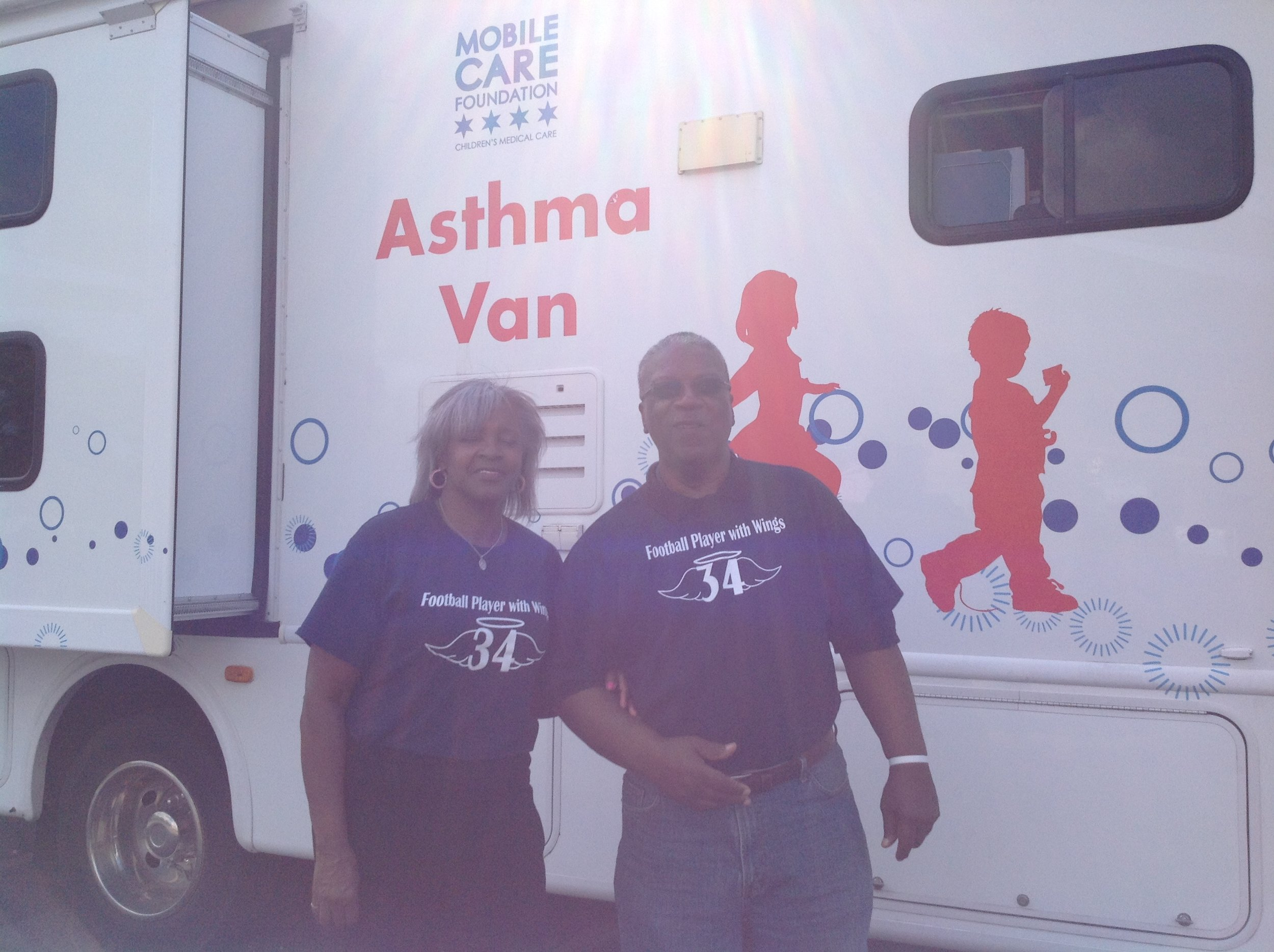 CDR Youth Asthma Foundation partnered with MobileCare Chicago Asthma Van to provide asthma management education and screenings at the AKArama Foundation Back to School Health Fair.