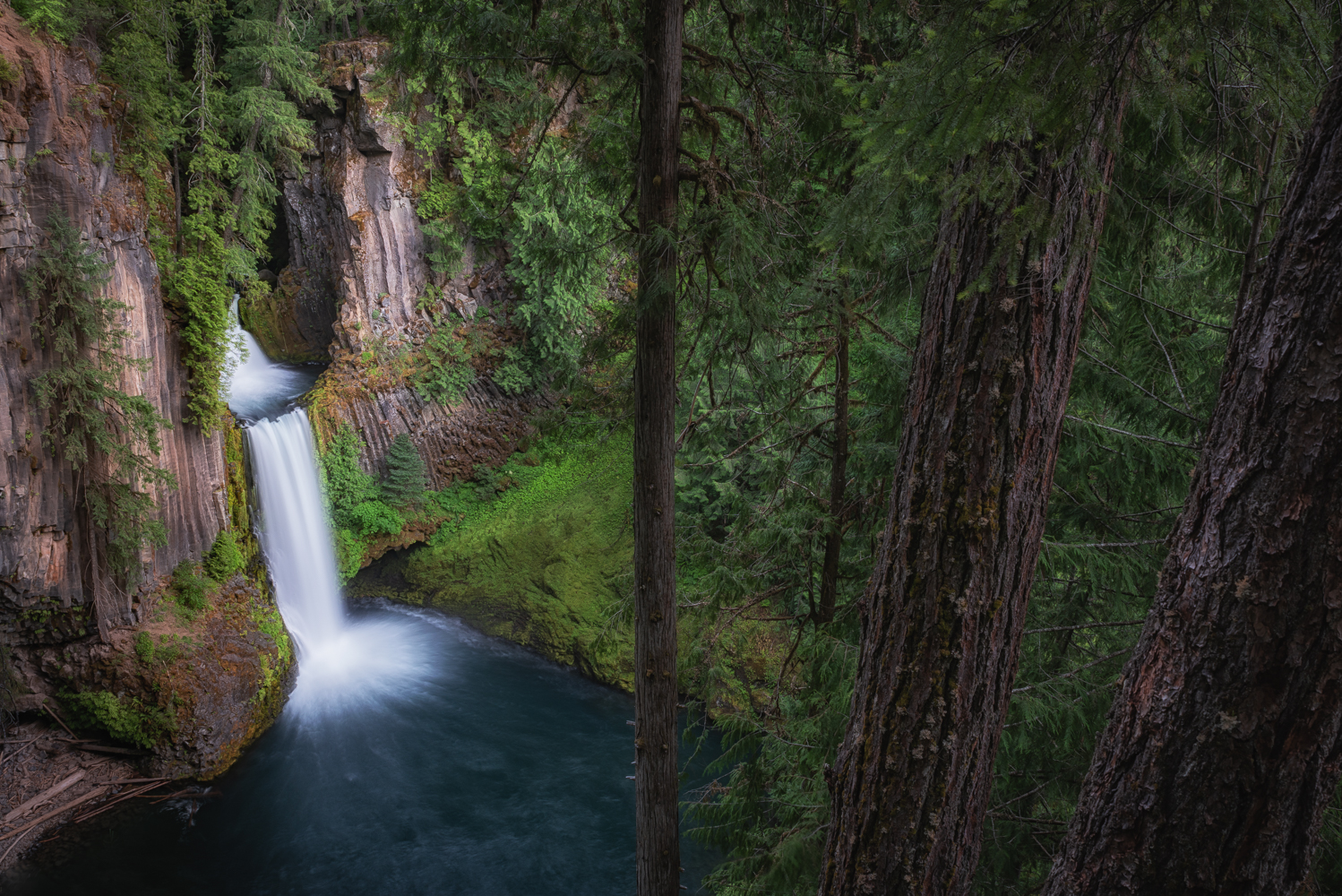 No explanation needed: the magnificent Toketee Falls