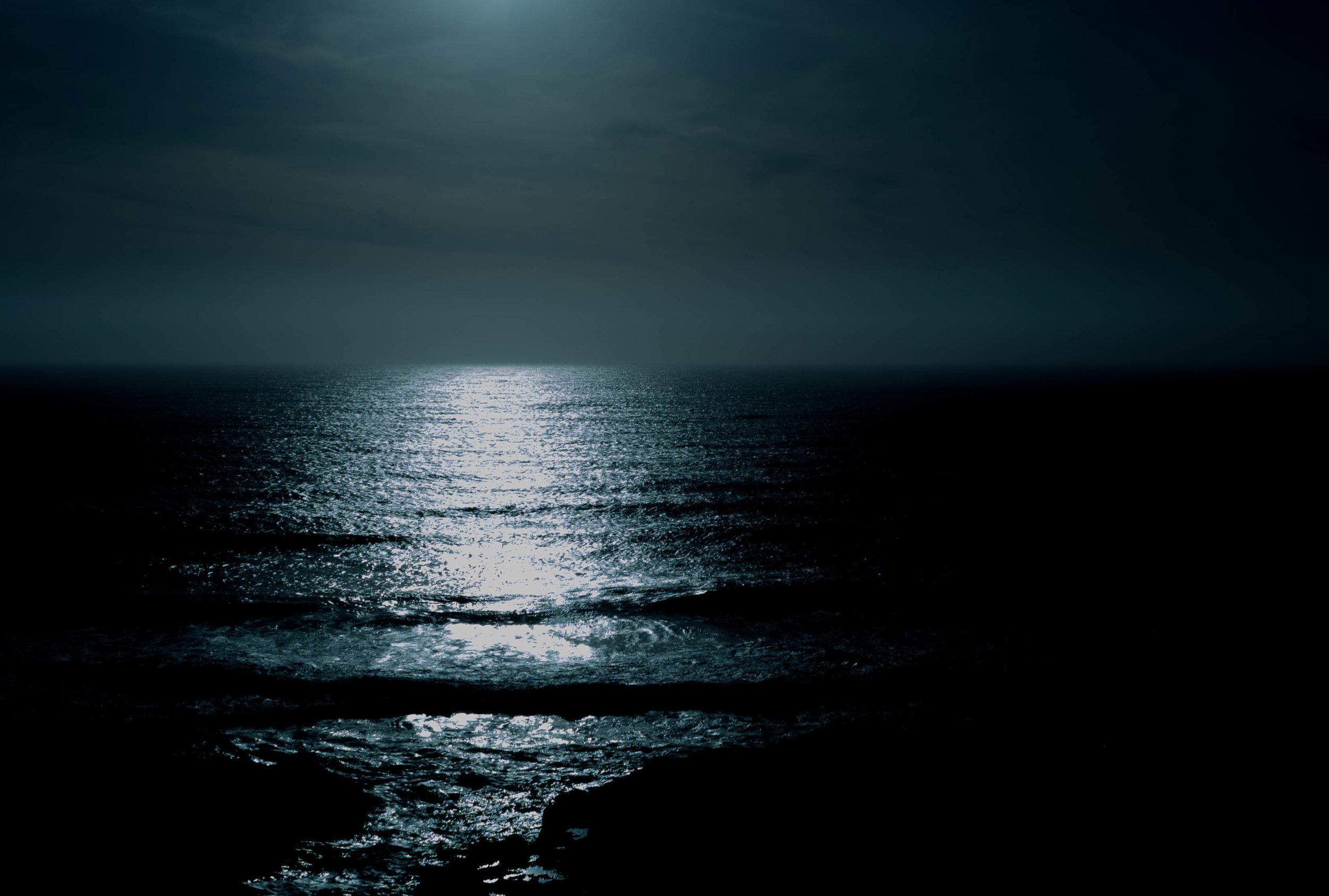 Without the moonlight reflecting off the ocean to guide them, it was mass chaos.