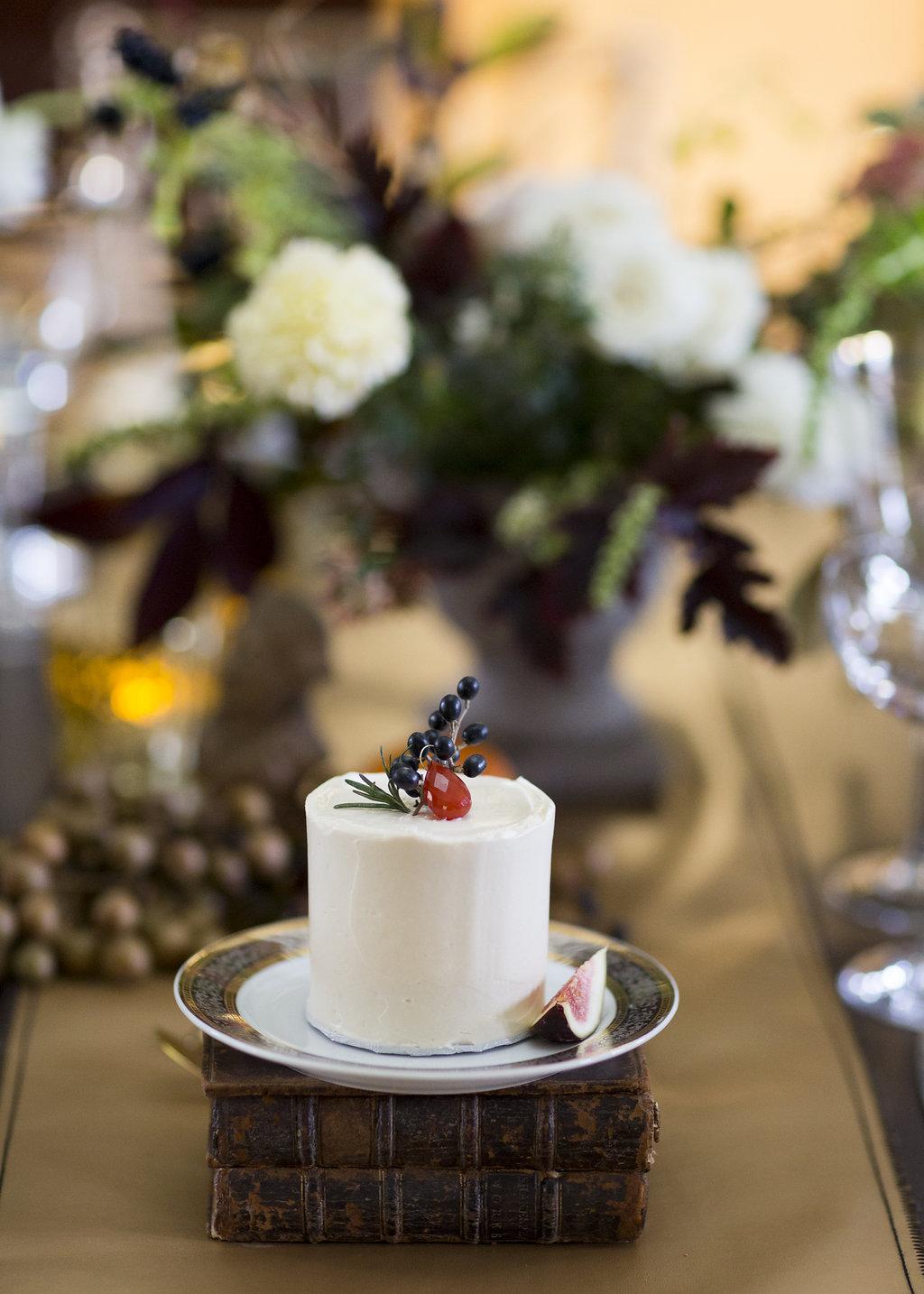 mini jewel cake, redwood library