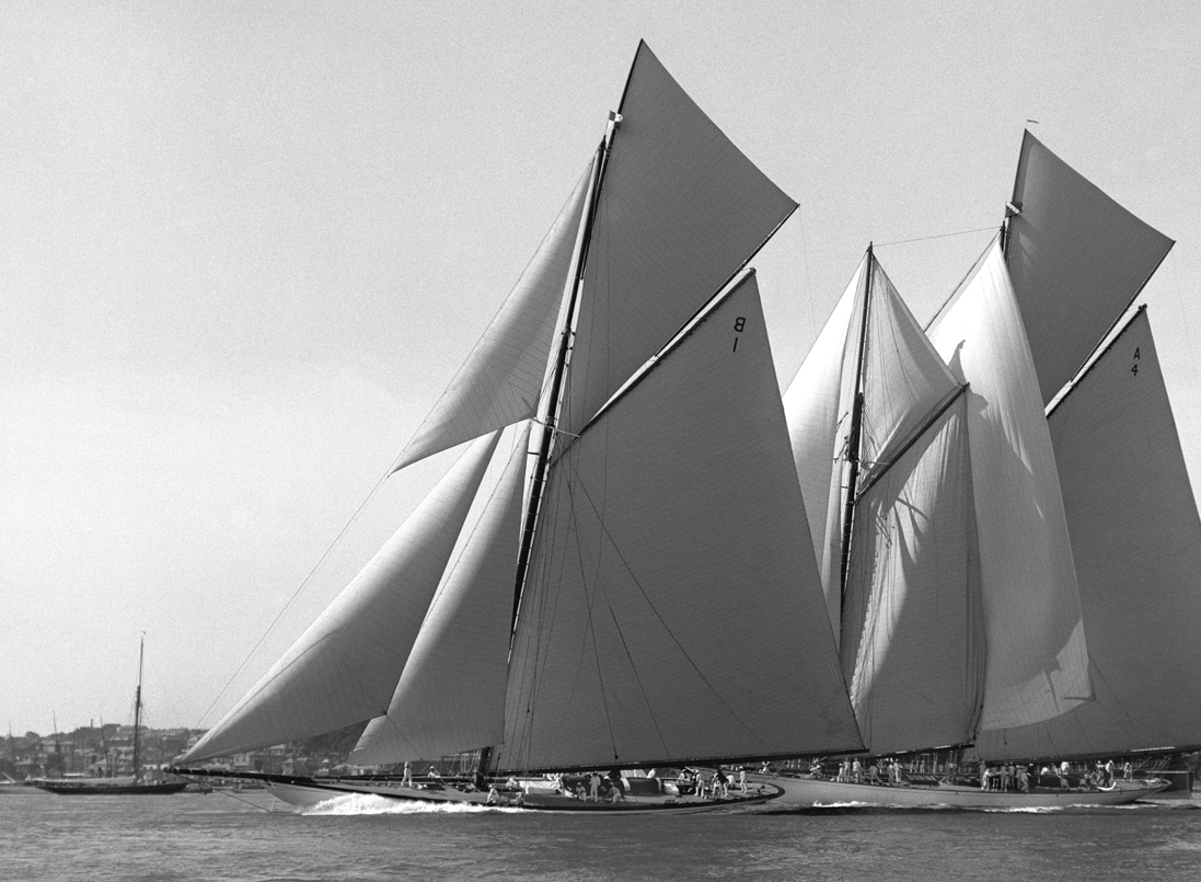 White Heather a 23 Metre yacht designed by William Fife and built at the Fairlie boat yard.