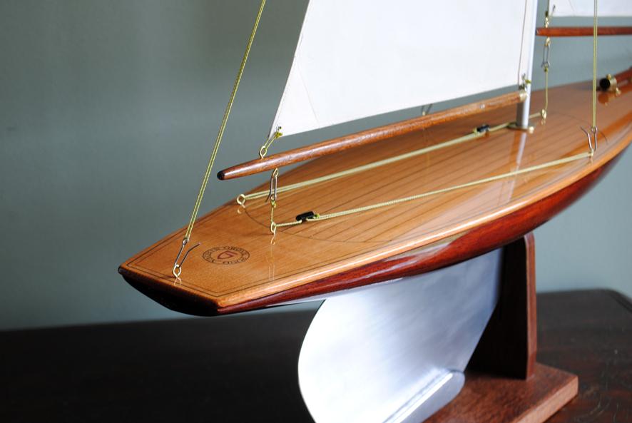 model yacht G22 5.jpg