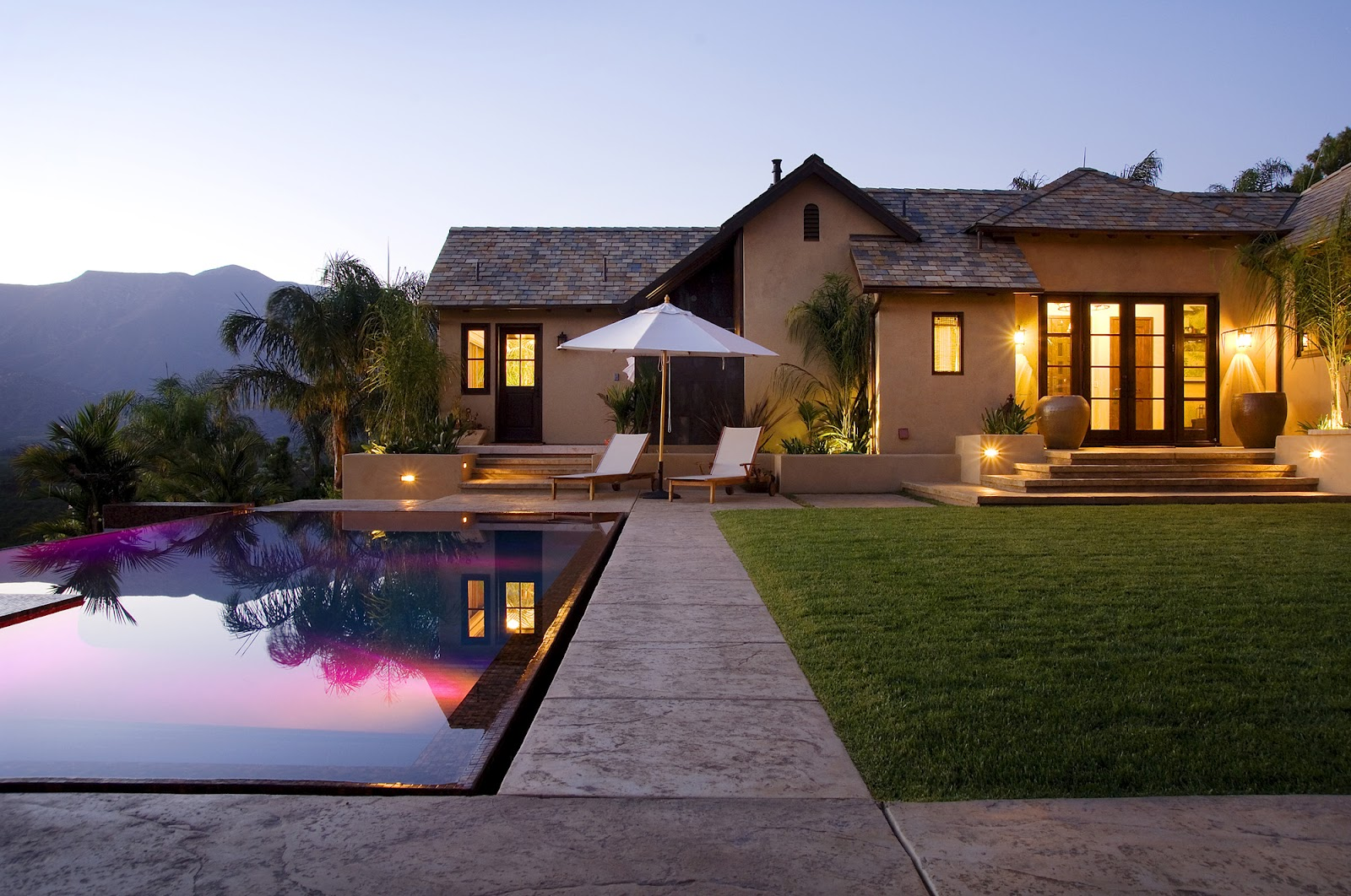 Amazing_Home_Ojai_Valley_Hilltop_Compound_by_Braden_Sterling_of_Sterling-Huddleson_Architecture_Ojai_California_world_of_architecture_worldofarchi_04.jpg