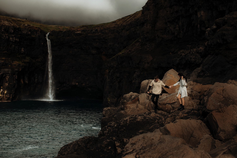 42-Faroe-island-wedding-photographer-17274.jpg
