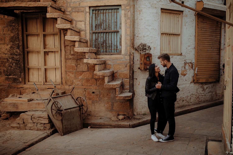 023-Jaisalmer-engagement shoot-19175.jpg