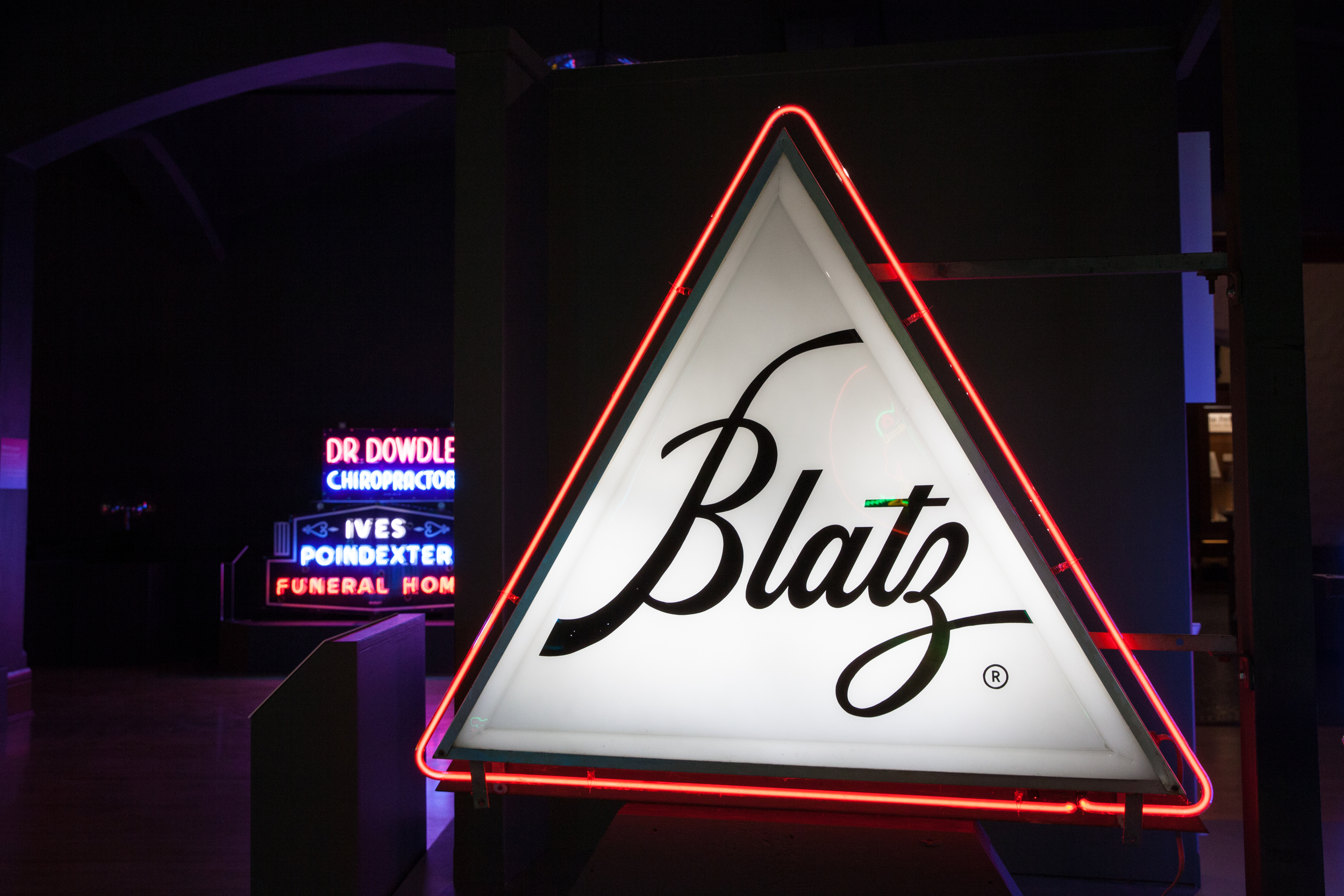 Blatz Beer - Neon & Plastic Fluorescent Hybrid Sign