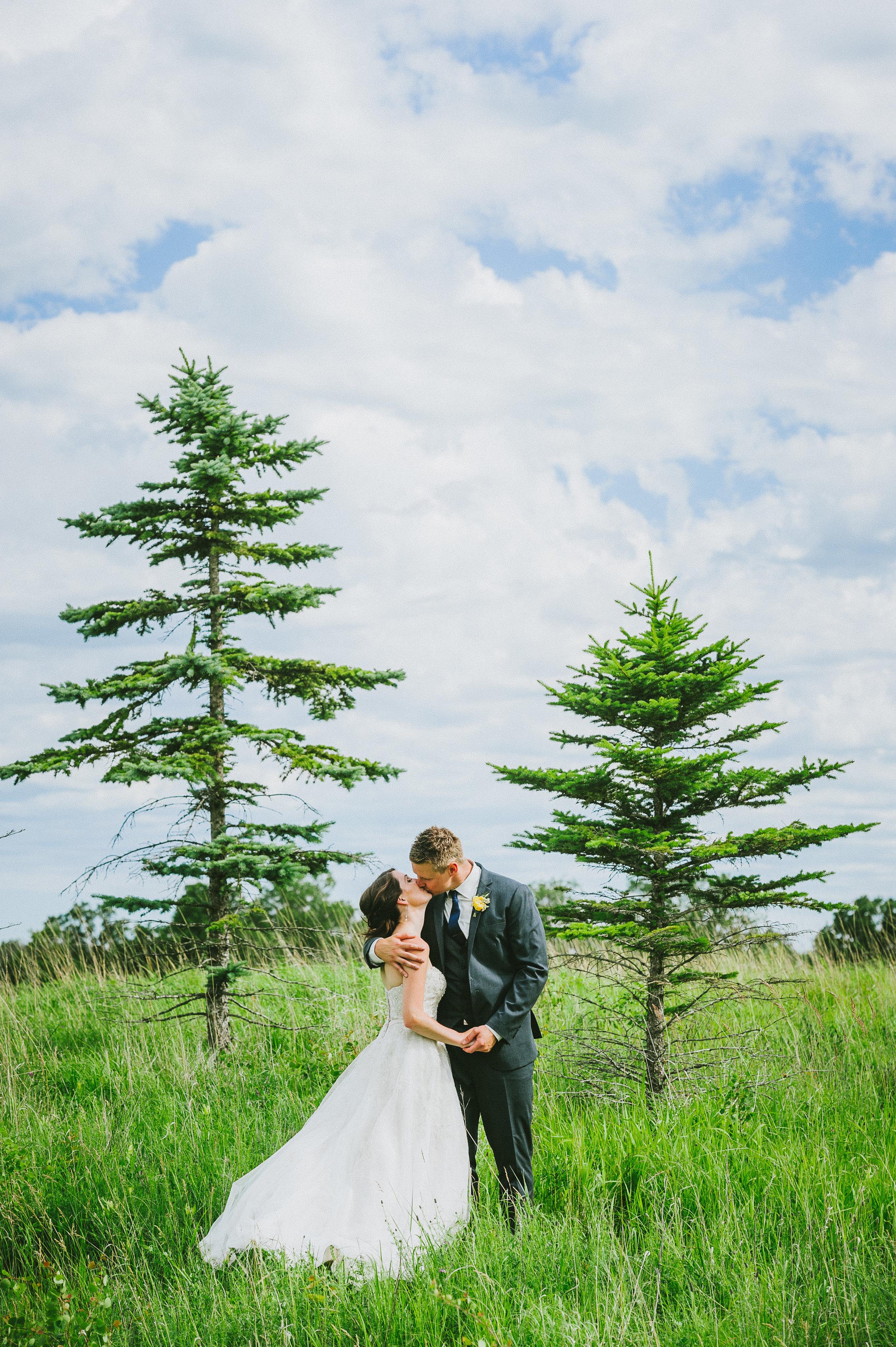 afton and kyle wedding | jennifer bianca calligraphy | shot by kamp photography